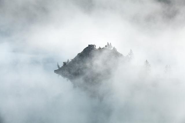 clouds-1850093_640